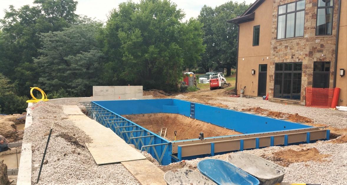 Premier Construction Des Moines Pool Design