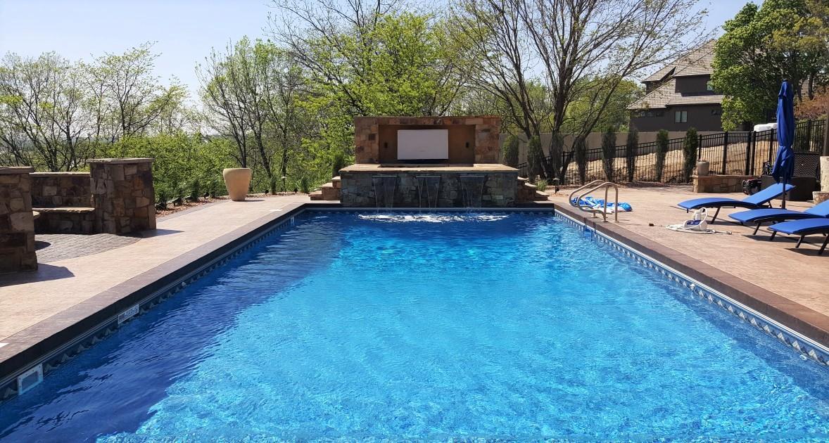 Premier Construction Des Moines Pool